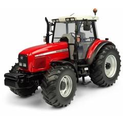 Universal Hobbies 5331 - Tractor Massey Ferguson 8220 Xtra - 1:32