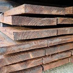 Plank (Gecreosoteerd) - 2,2 x 15 x 400 CM