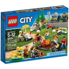 LEGO City 60134 -  Plezier in het park - City personenset