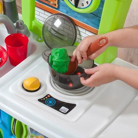 Step 2 Little cooks Speelkeuken