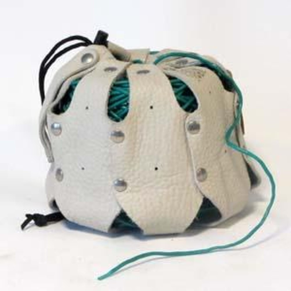 Afbeelding van Amevo kalfslederen bindbuishouder met gordel