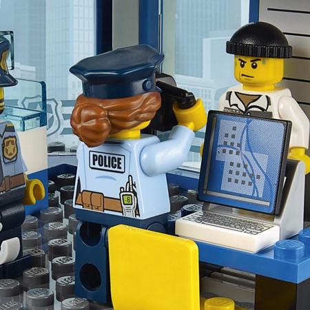 LEGO City 60141 - Politiebureau